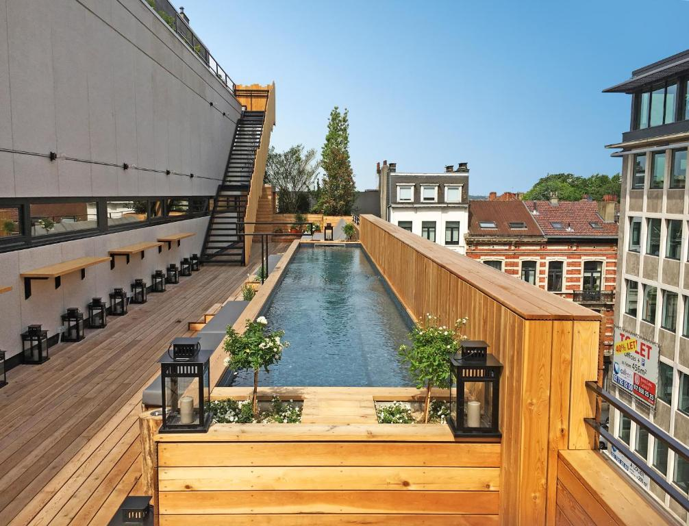 Jam hotel brussels belgium for Le comptoir du meuble bruxelles