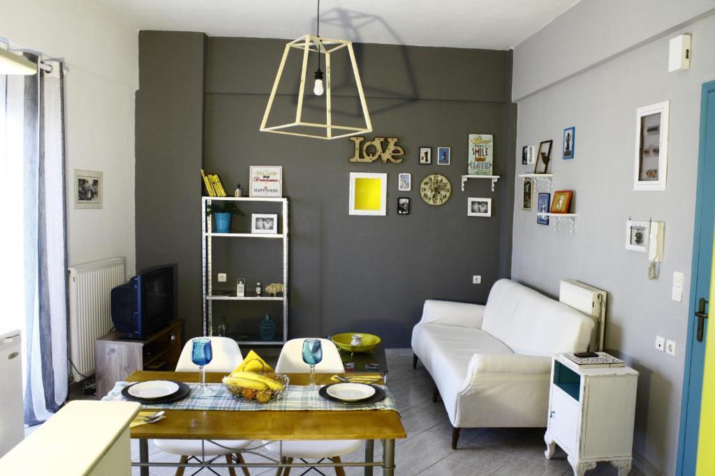 <div data-et-view=NAFQCDCcdXDPdFO:1</div Culturela Apartments