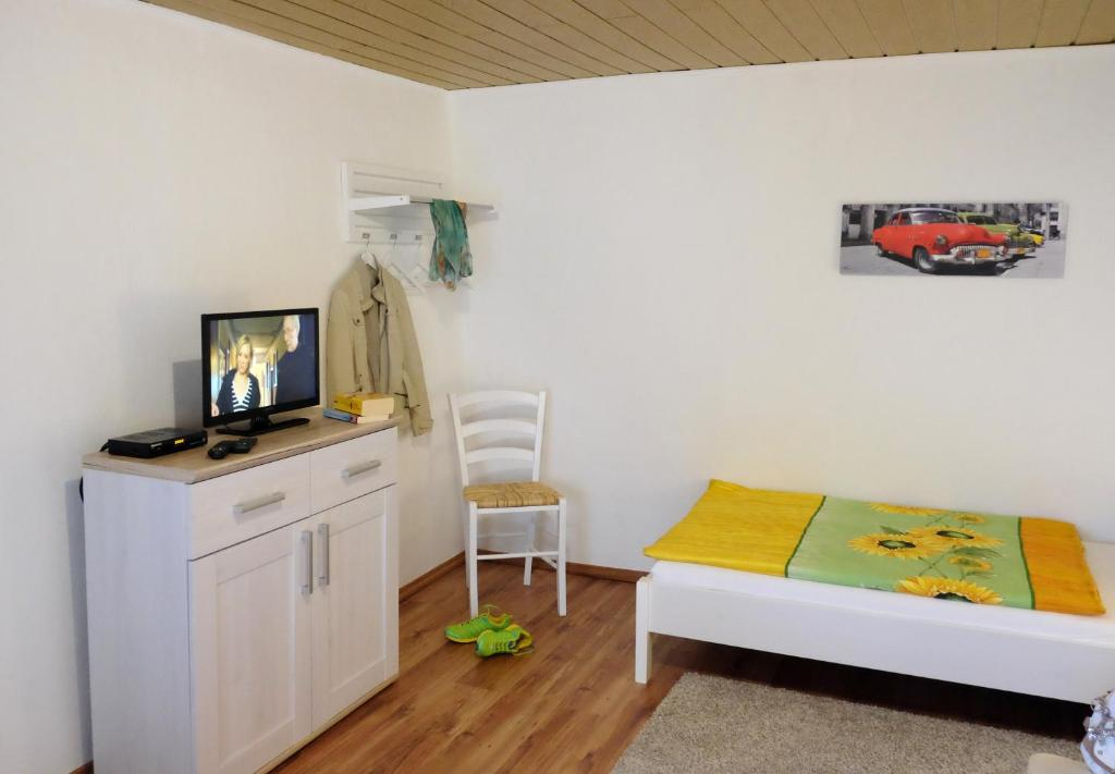 Vacation Home Haus Anna, Veldenz, Germany - Booking.com