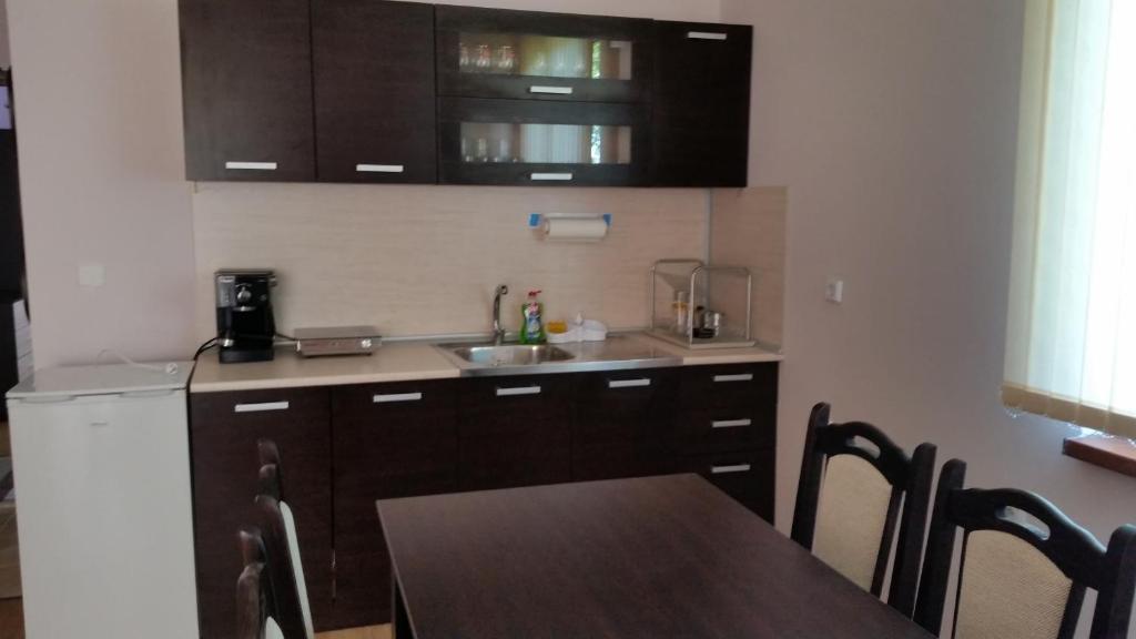 Апартамент Качулски - Царево
