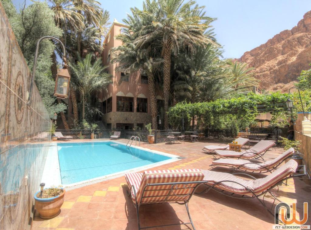 The swimming pool at or close to Kasbah Restaurant Amazir