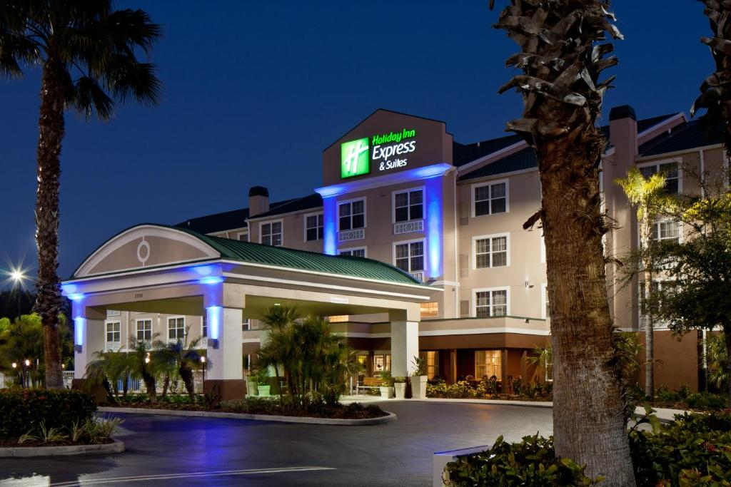 holiday inn express suites saraso sarasota fl. Black Bedroom Furniture Sets. Home Design Ideas