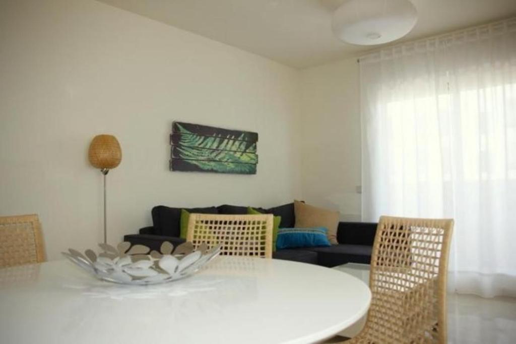 Apartment in Estepona 101360 imagen