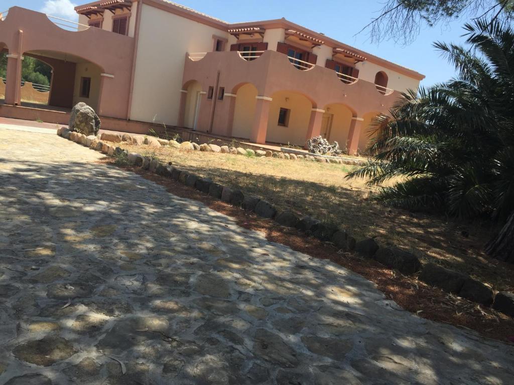 A garden outside Casa Alberto