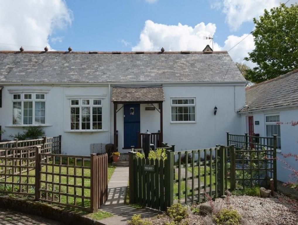 Apartments In Ruan Major Cornwall