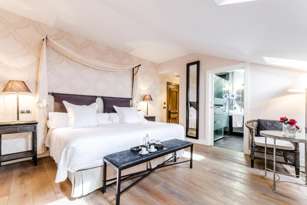 boutique hotels salamanca  12