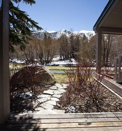 Mountain Brook Apartments: Two Bedroom Condo, Mammoth