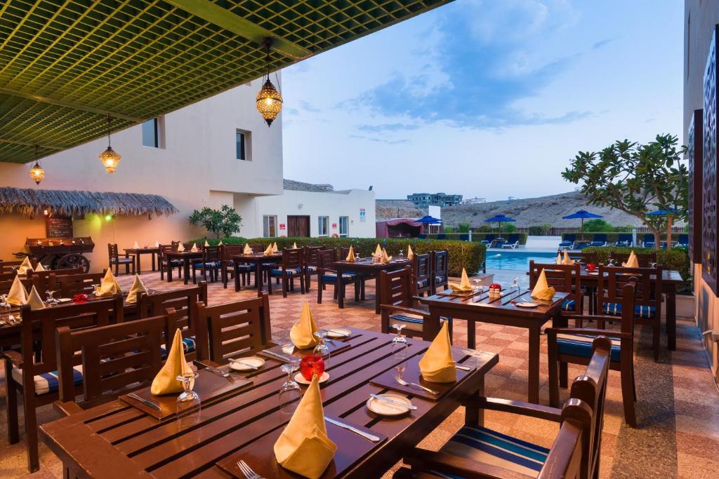 Afbeeldingsresultaat voor sur plaza hotel oman