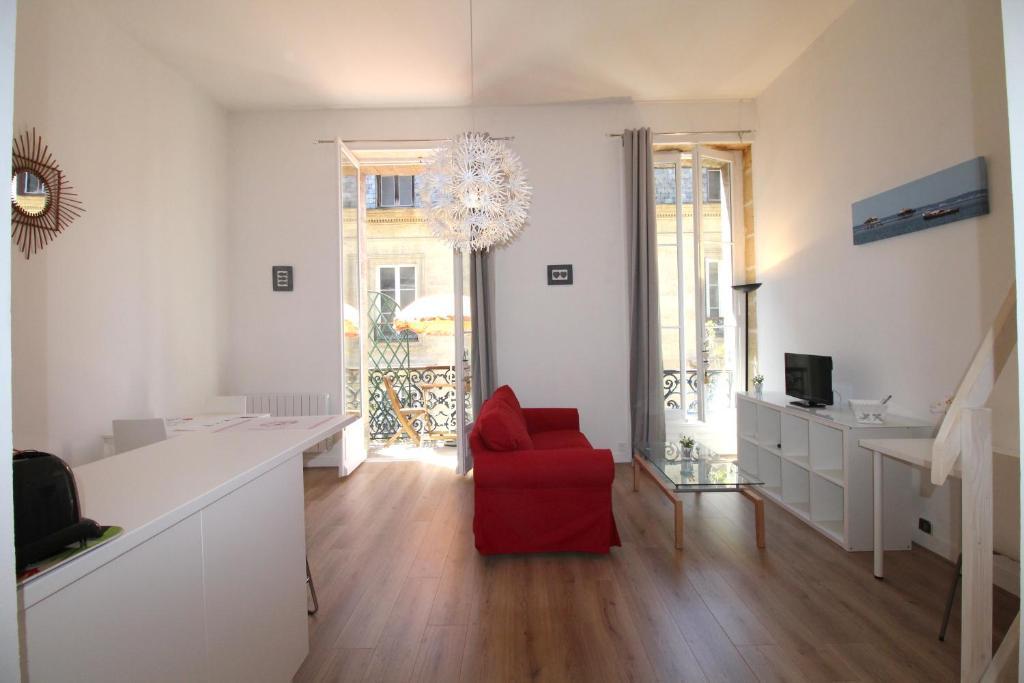 Bordeaux locations porte saint james 2 for Insonoriser fenetre