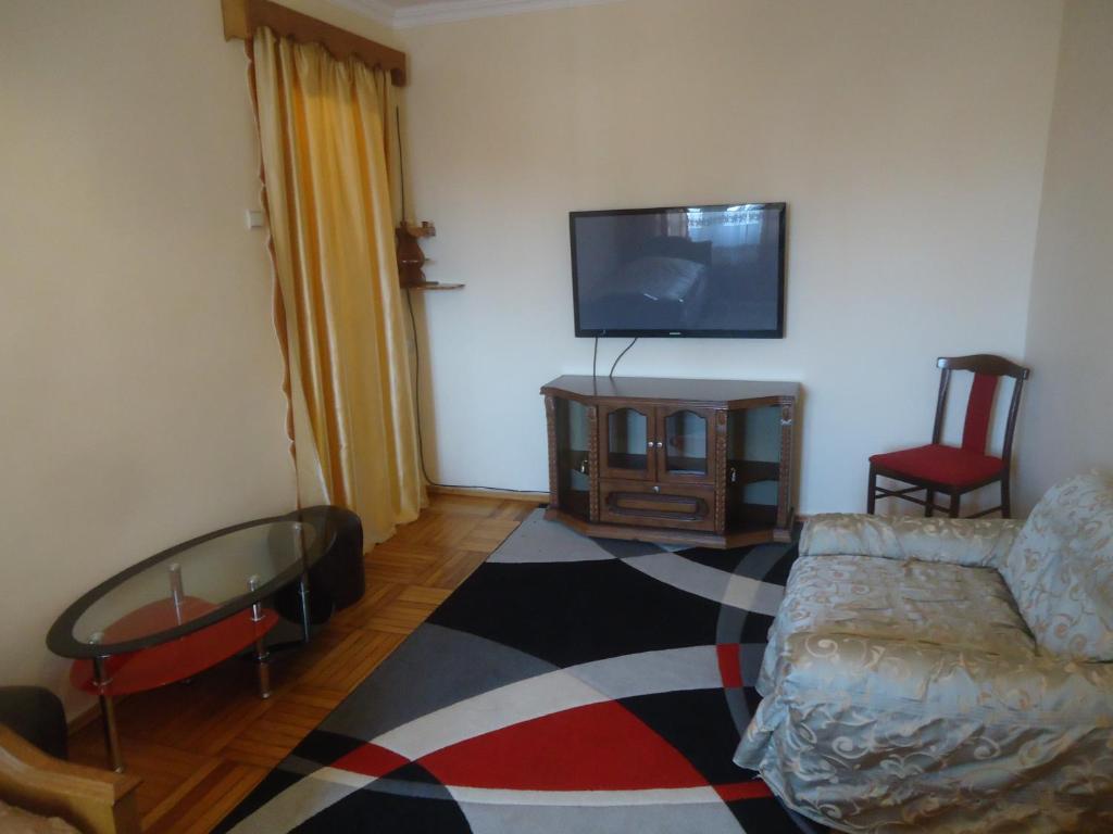Apartment Parnavaz Mepe 105
