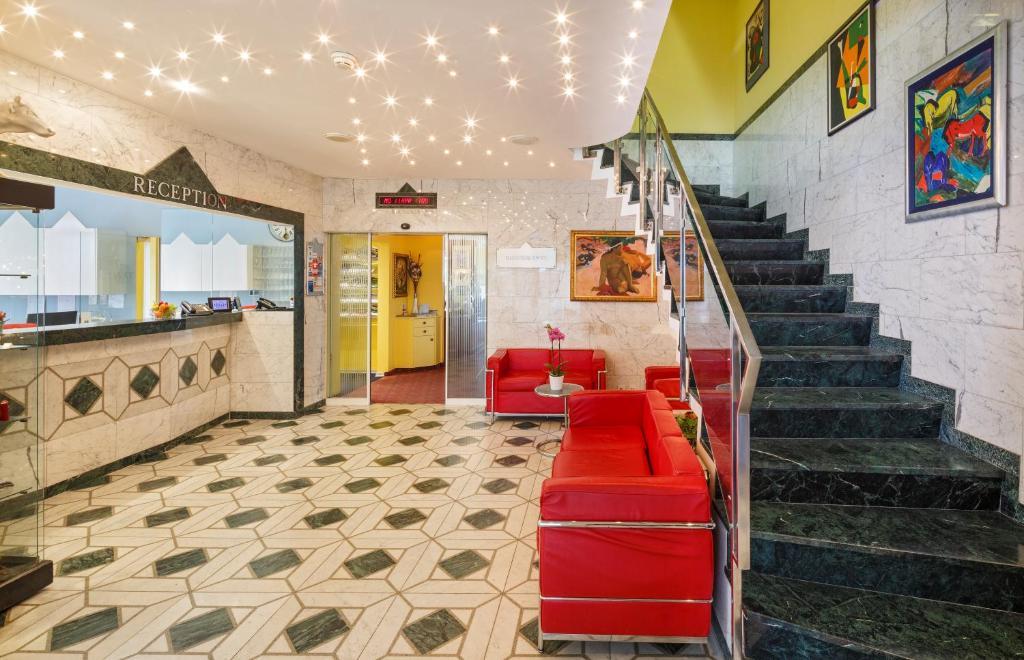 The lobby or reception area at Hotel Luzernerhof