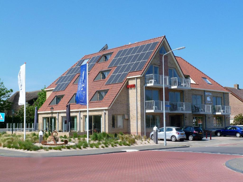 Hotel het Zwaantje (Nederland Callantsoog) - Booking.com  Hotel het Zwaan...