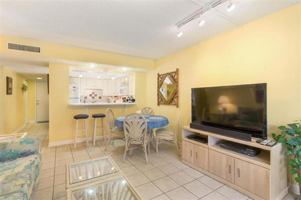 Pelican inlet f137 apartment crescent beach fl booking gallery image of this property altavistaventures Image collections