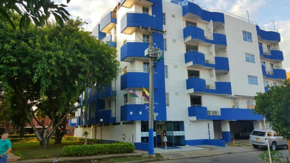 Hotel cerca : Apartamentos Jardines del Caney