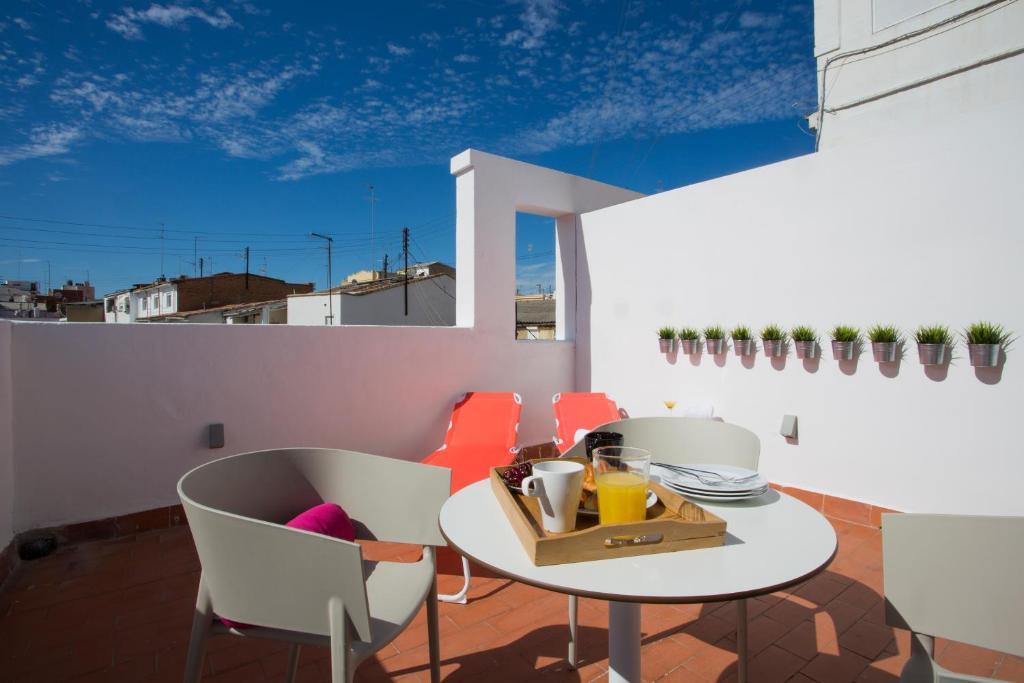 Apartment SingularStays Mosaic, Valencia, Spain - Booking com