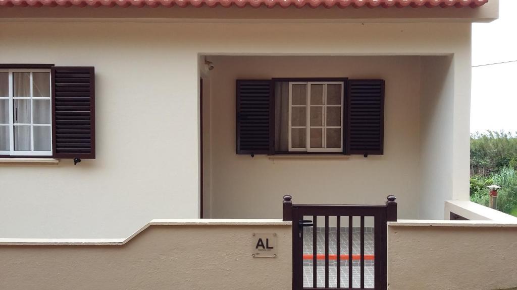 Vacation Home Casa do Topo, Portugal - Booking.com