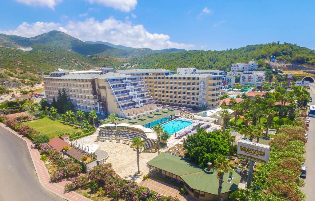 Doganay Beach Club Hotel