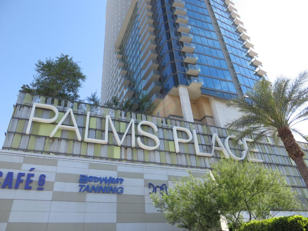 Condo Hotel Palms Place 33rd Floor With Balcony Las Vegas Nv