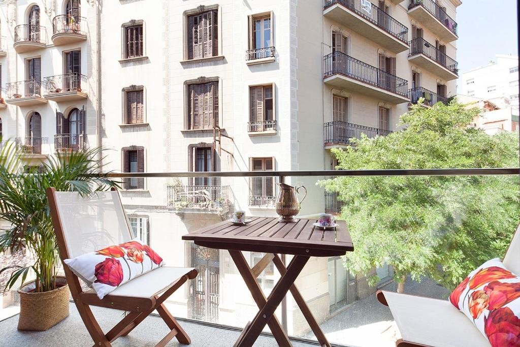 Apartment Barcelona Rentals - Sarria Apartments Near Center imagen