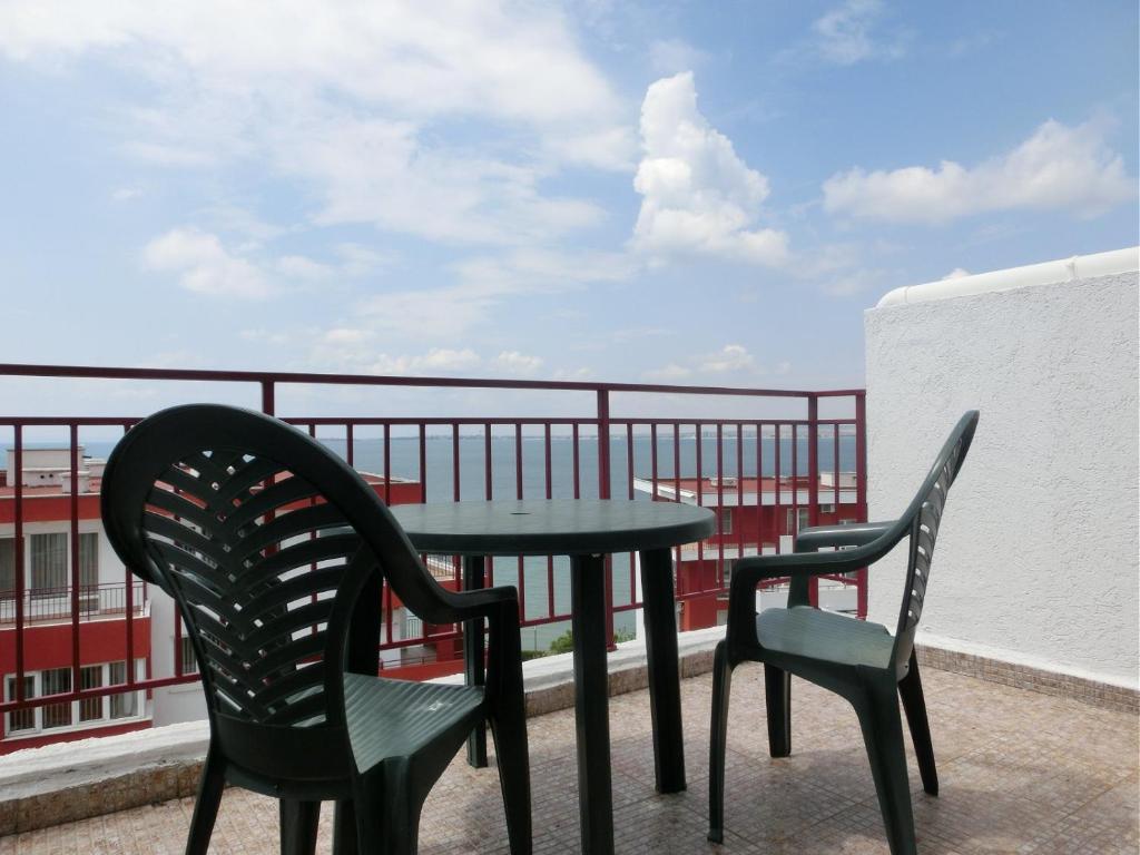 Апартамент Penthouse in Marina View Fort Beach - Свети Влас