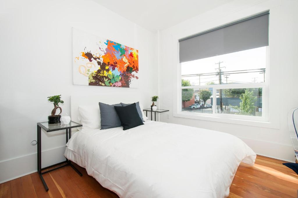 Studio Apartment Powell Street Vancouver Canada Booking Com