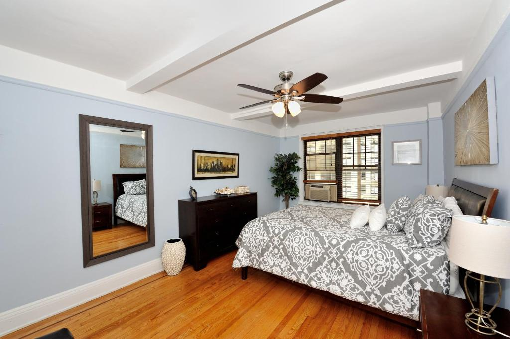 Apartment East Side 48 Bedroom 48 Bathroom 48 New York City NY Magnificent 3 Bedroom Apartments Nyc No Fee Ideas Property