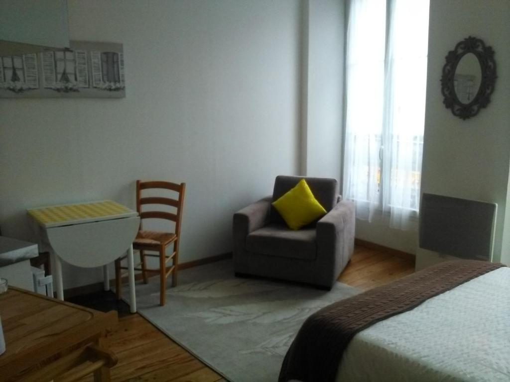 Juniper S Holiday Apartments Lourdes France Booking Com