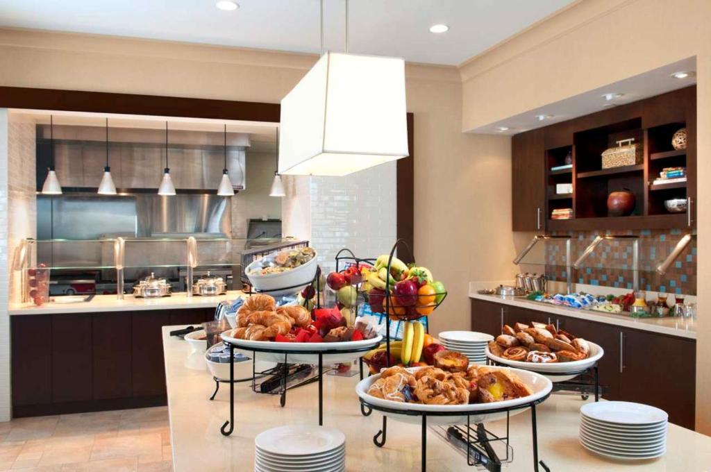 Hilton Garden Inn Devens Common MA Bookingcom