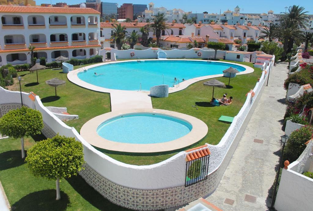 Pueblo andaluz roquetas de mar roquetas de mar updated for Hotel pueblo andaluz