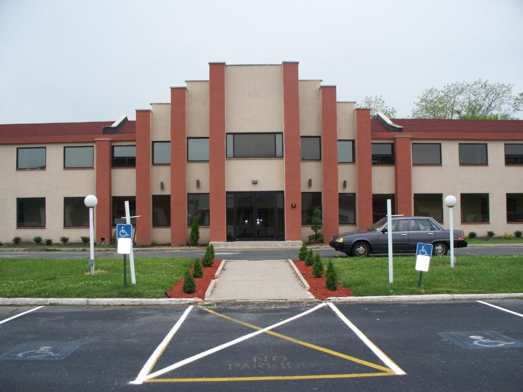 Budget Inn & Suites, Wall Township, NJ