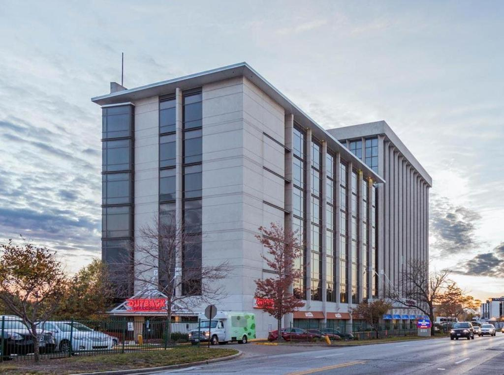 Hotel Springhill Suites O Hare Rosemont Il Booking Com
