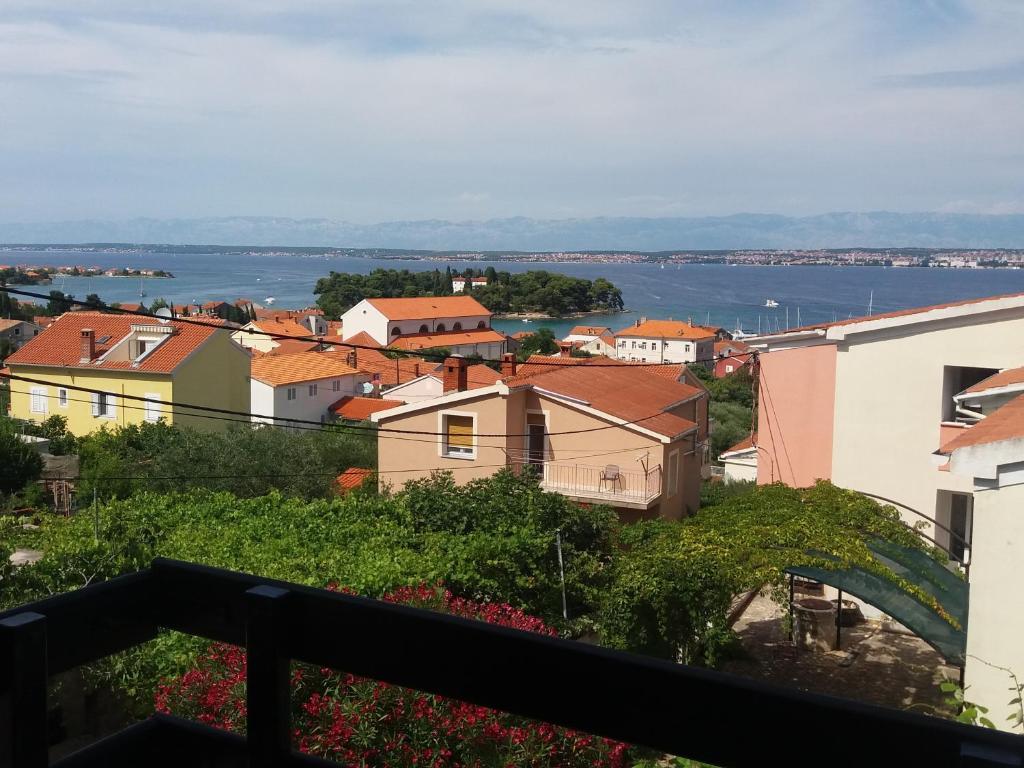A balcony or terrace at Apartman Cvijanović