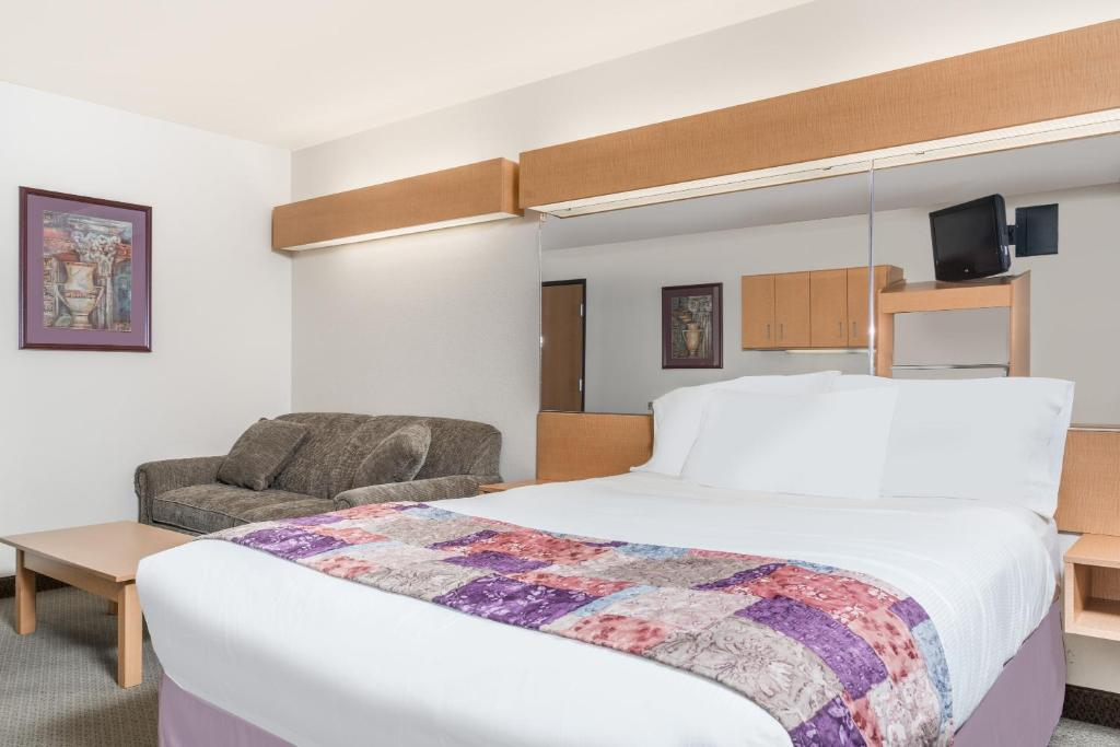 ... Gallery image of this property ... & Microtel Inn u0026 Suites by Wyndham Ma Mankato MN - Booking.com