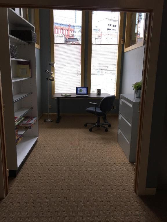 +31 Photos. Close ×. Pioneer Square Deluxe Apartment Downtown Seattle