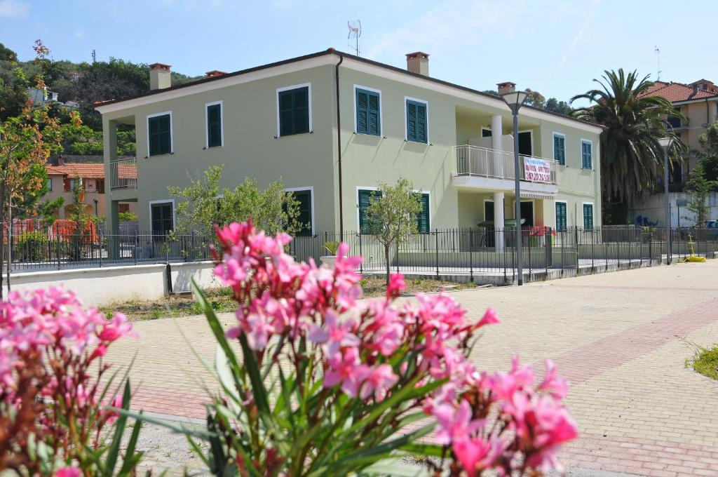 Bungalows by the sea Cervo