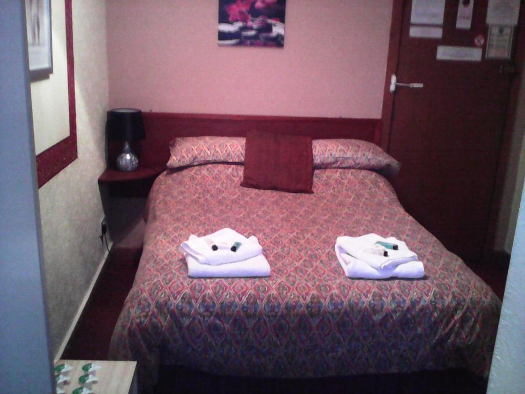 guesthouse the colyndene blackpool uk booking com