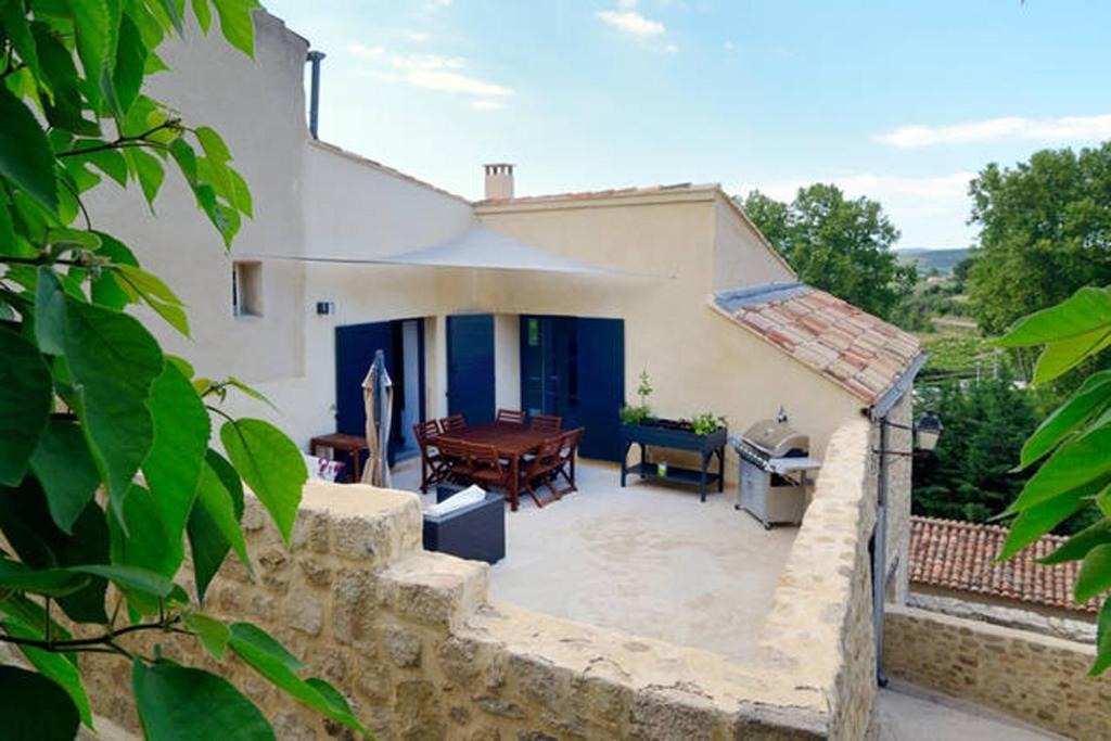 A porch or other outdoor area at Les Galets, Enjoy Luberon Lifestyle