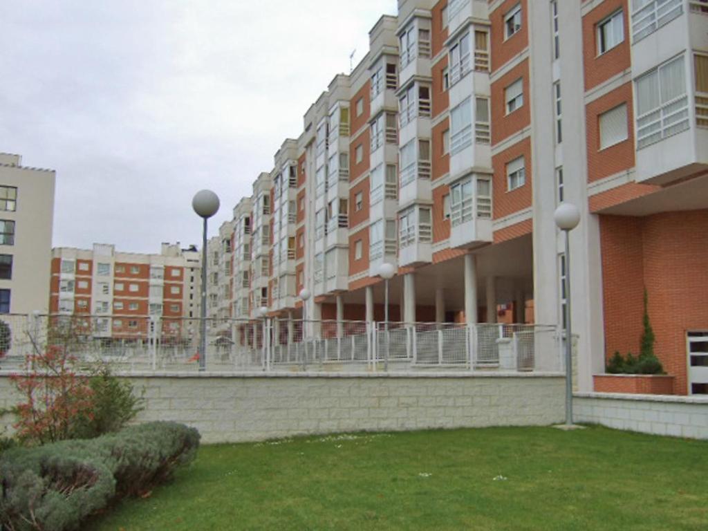 Apartment san blas canillejas madrid spain for Appart hotel madrid