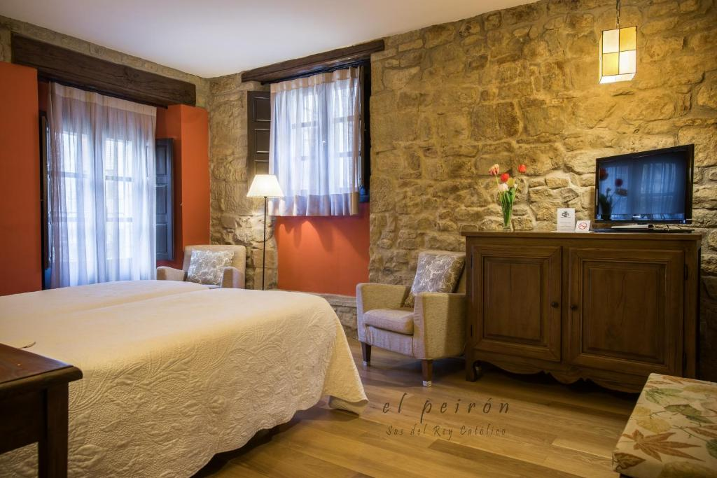 boutique hotels in zaragoza  73