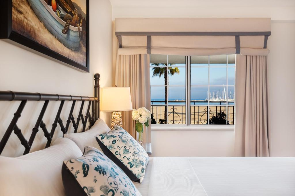 A room at the Hotel Milo Santa Barbara with a view of the beach.