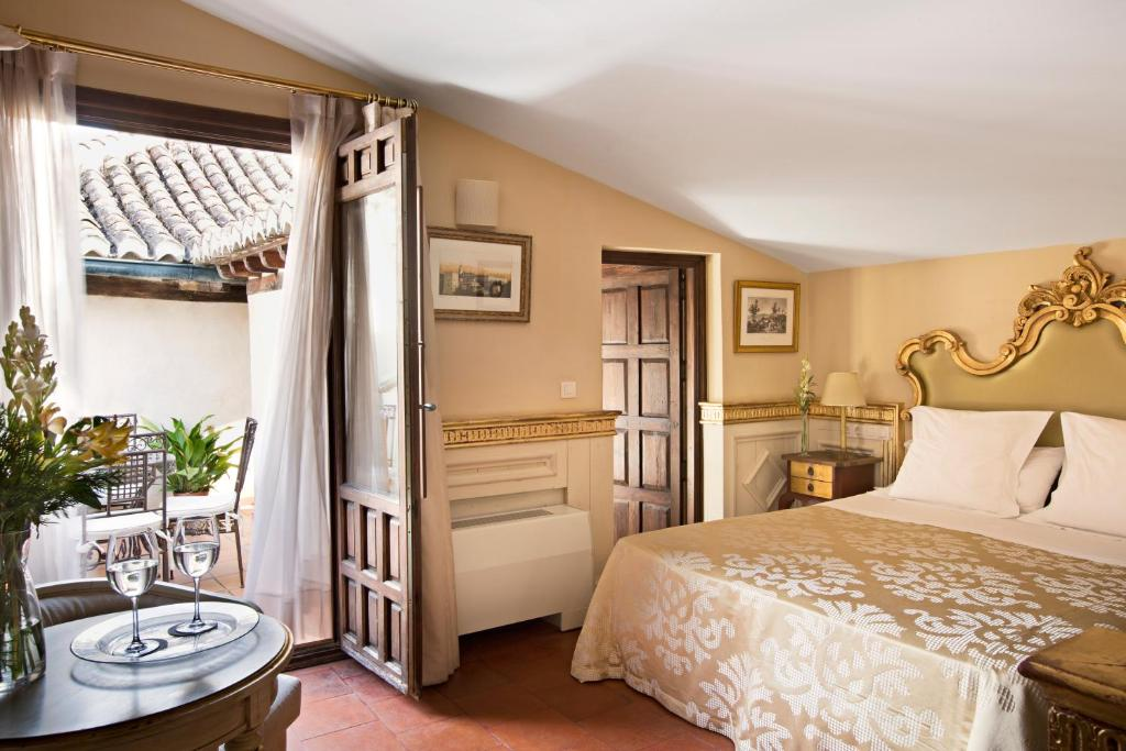 boutique hotels in granada  302