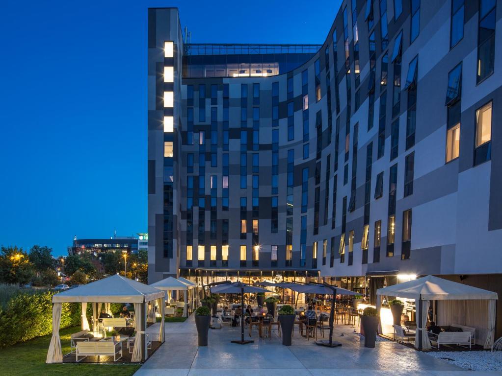 Hotel falkensteiner belgrade serbia for Hotel belgrado