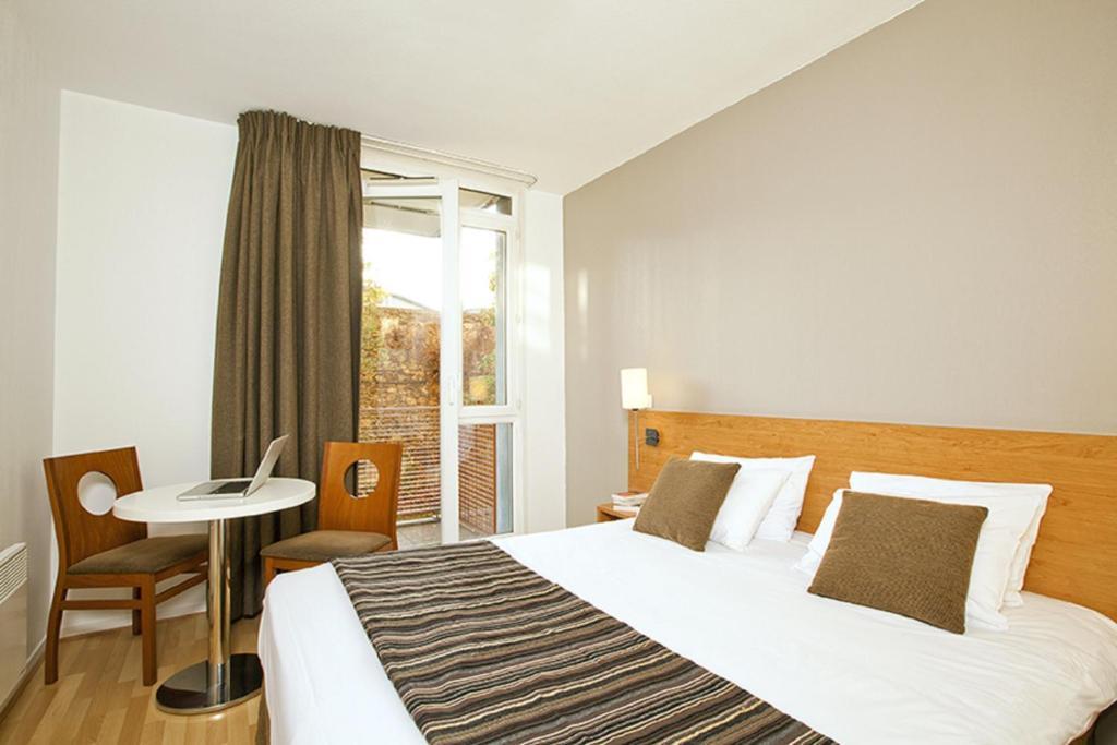 Appart 39 h tel s jours et affaires ivry france ivry sur for Studio appart hotel paris