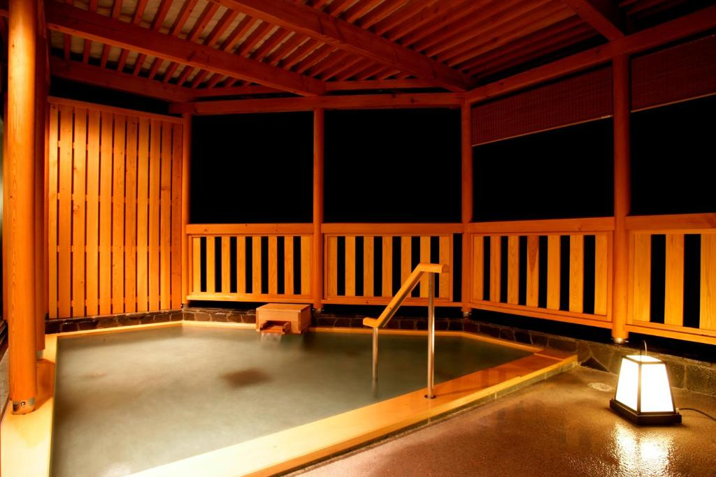 ポイント3.貸切湯や岩盤浴も!癒しの温泉