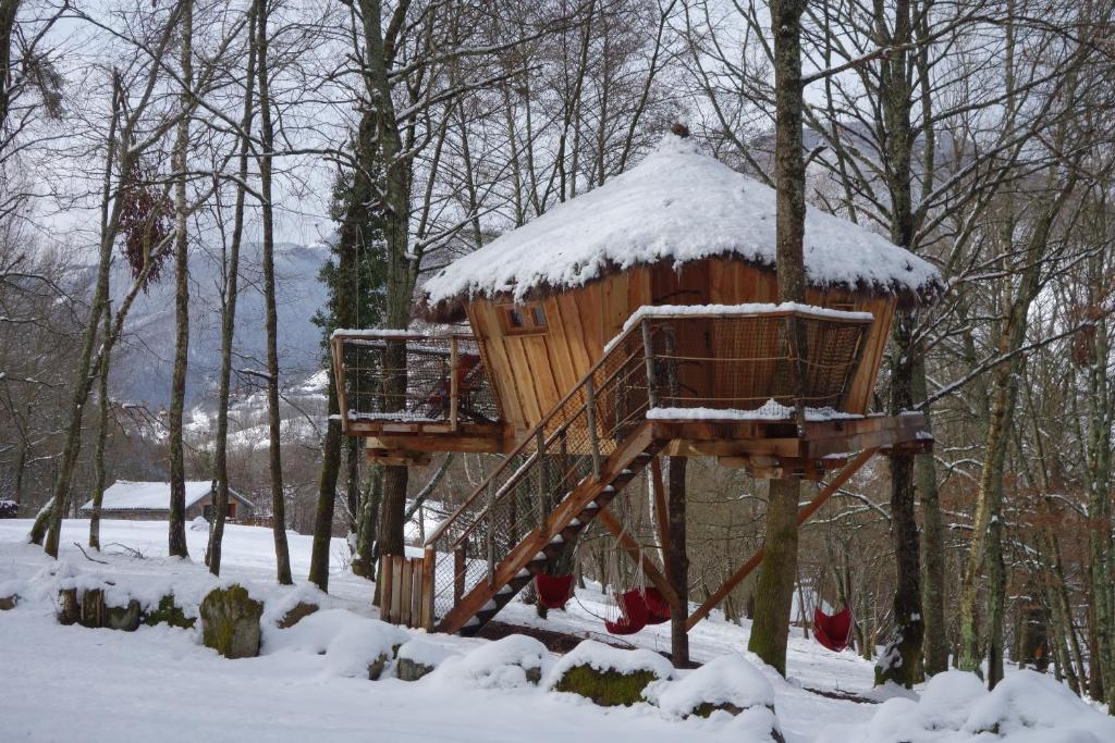 cabane dans les arbres occitanie haute pyrenee