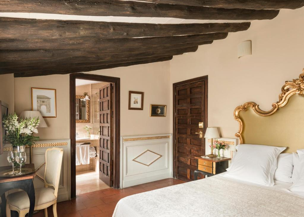 boutique hotels in granada  220
