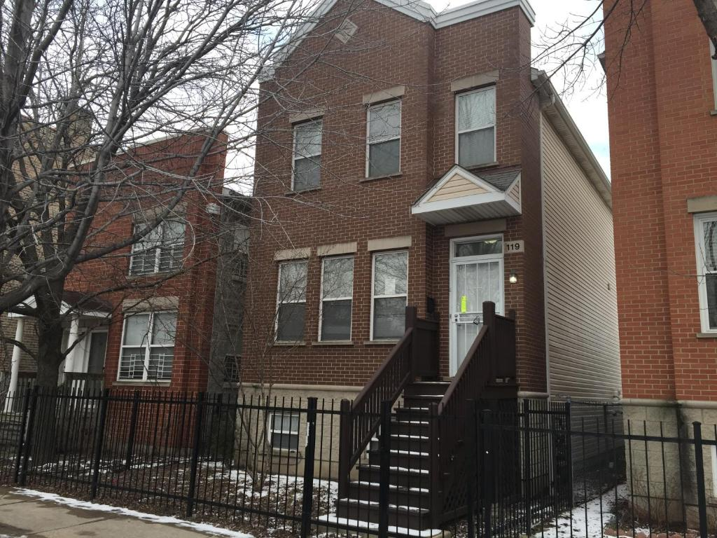 Vacation Home Beautiful 3 Story Townhouse Chicago Il