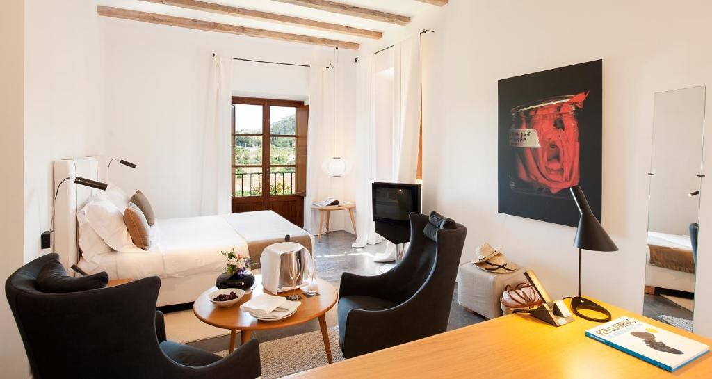 boutique hotels in pollença  12