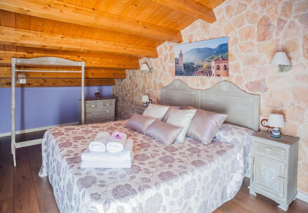 Apartments In Obón Aragon
