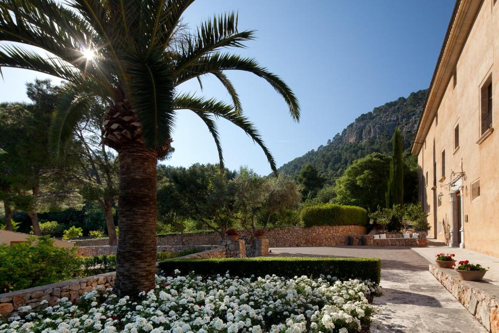 boutique hotels in pollença  17